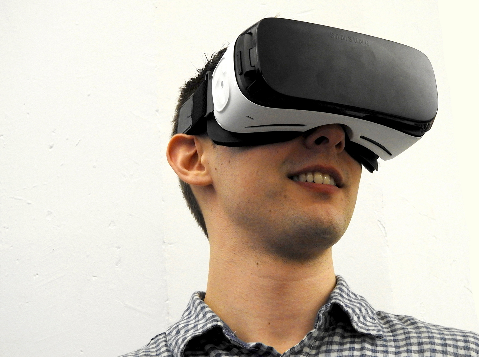 Doctors Are Using Virtual Reality To Help Patients Deal With Pain